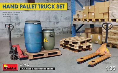 MiniArt 35606 - Hand Pallet Truck Set - 1:35