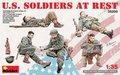 MiniArt-35200-U.S.-Soldiers-at-Rest